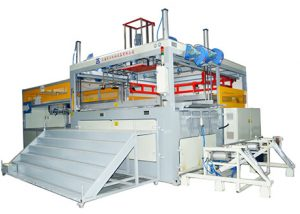 Automatic thick sheet vacuum forming machine for sheet and roll