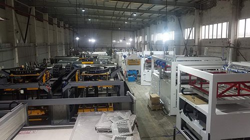 Thick sheet thermoforming machine