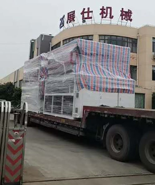Thin sheet thermoforming machine send to Jiangsu