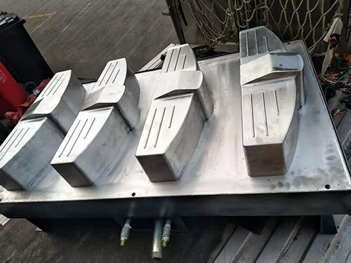 thick sheet thermoforming mold